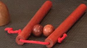 Illustrasjon av verktøy for selvmassasje av nakke, legg og lår